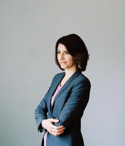 Meg Messmer is an actress, producer, and creative career coach